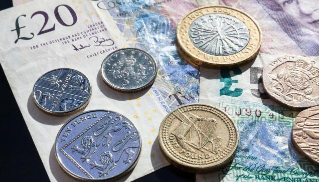 pound-414419_1920